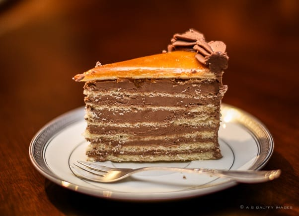 Dobos torta Hungarian dessert