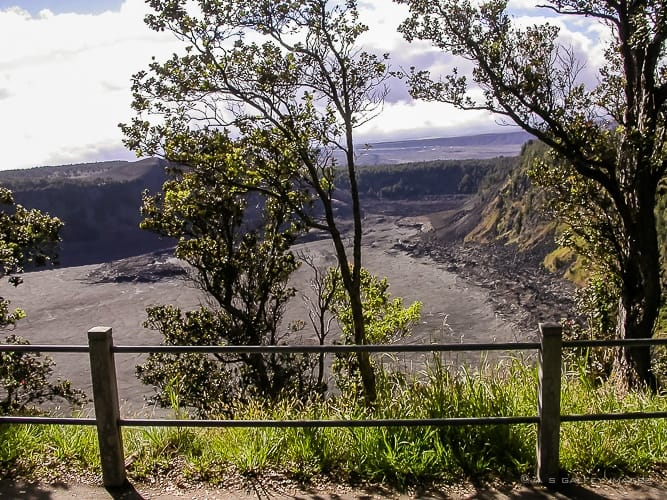 Overlook of the caldera from the Kilauea Iki trail