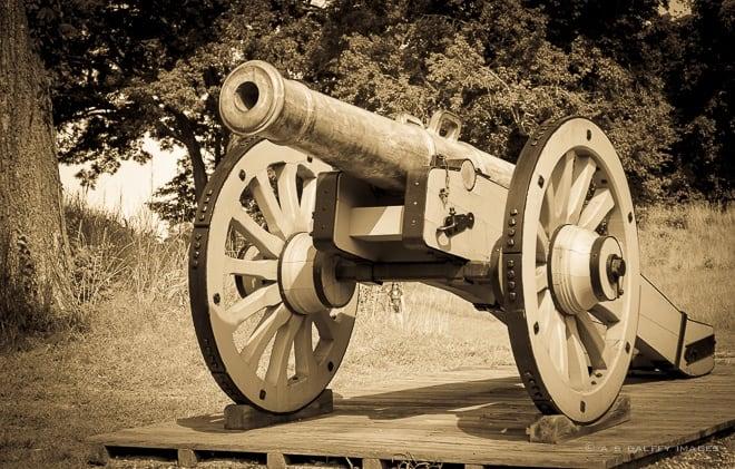 Grasshopper Cannon displayed in the Yorktown battlefield