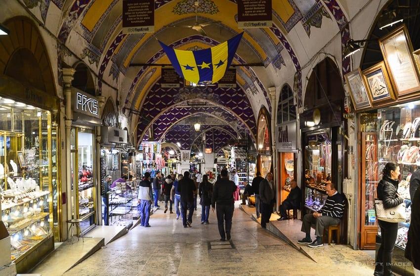 shops in Istanbul Grand Bazaar