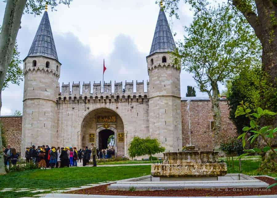 Topkapi Palace gate - 3 days in Istanbul