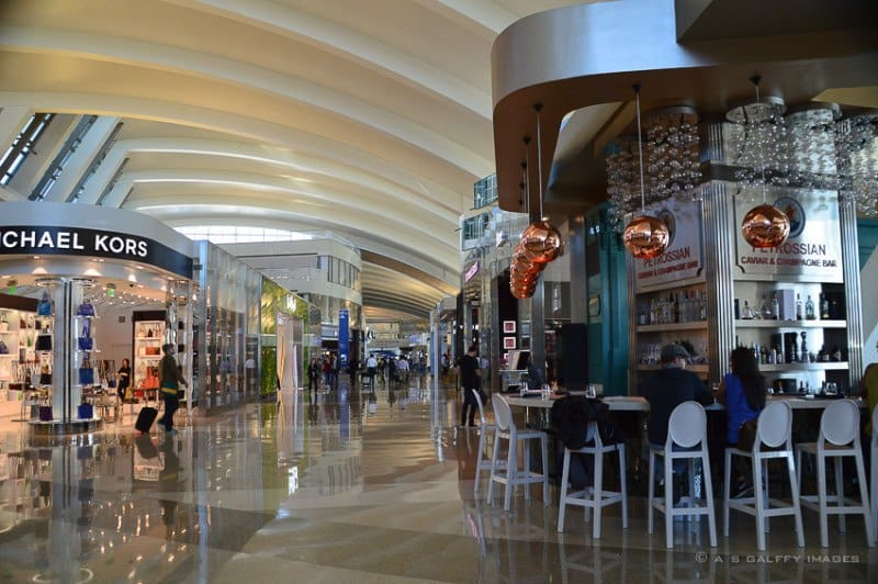 Airport lounge - lessons learned from traveling
