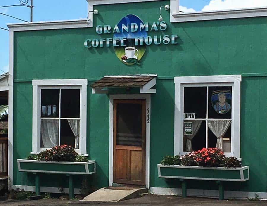 Grandma's Coffee House restaurant in Maui