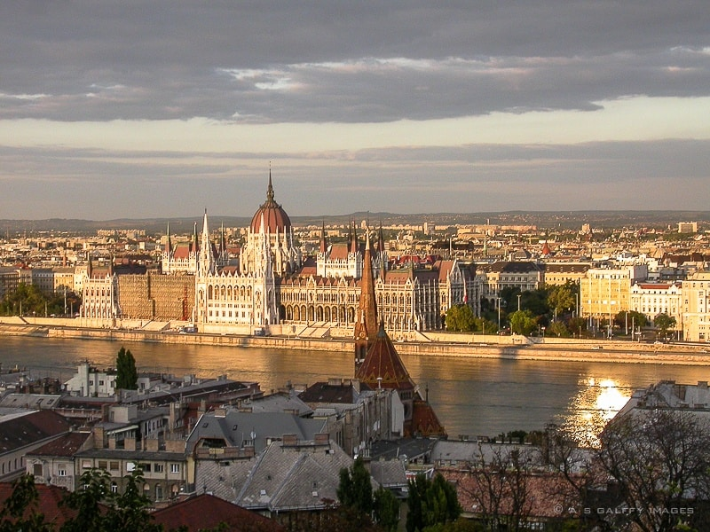 Where to stay in Budapest: Buda or Pest