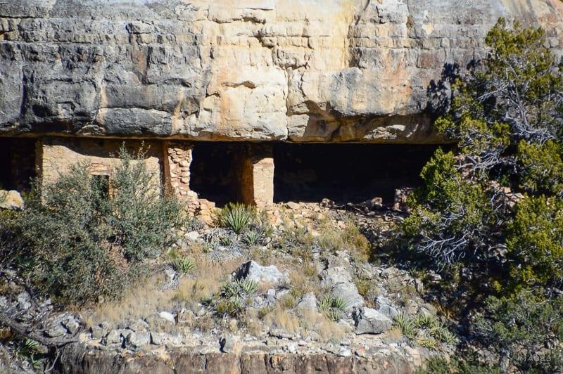 Walnut Canyon cliff dwellings in Arizona