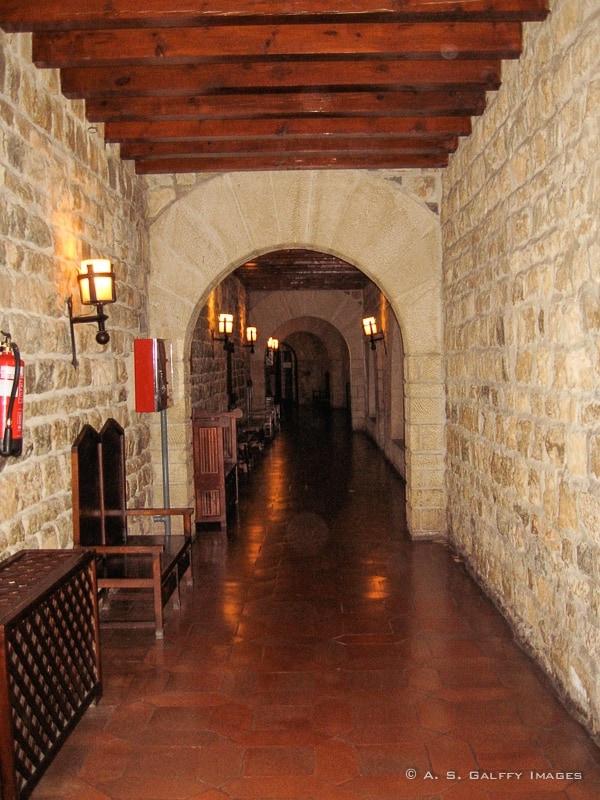 Parador de Jaen hallway
