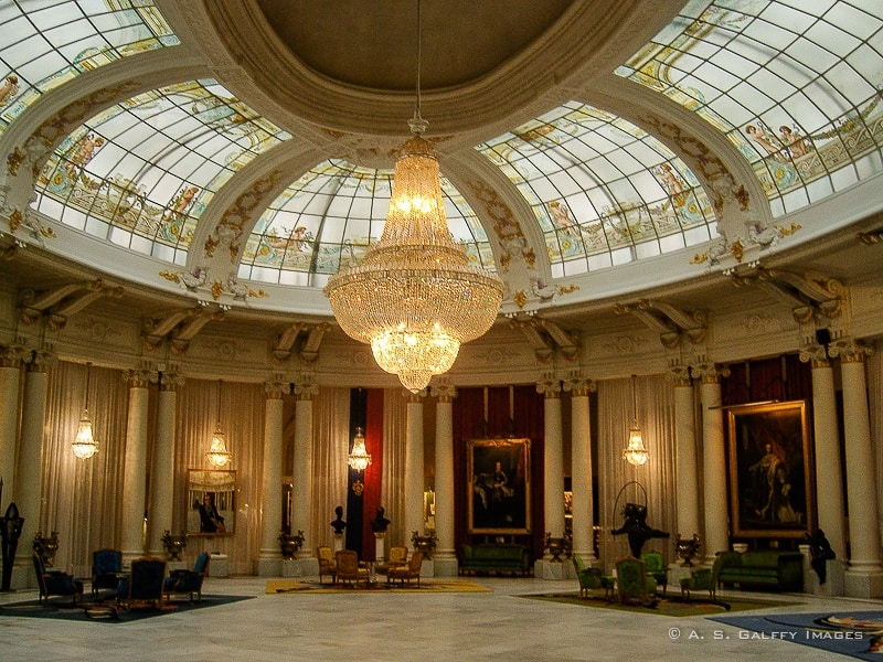 The Royal Lounge of Hotel Negresco in Nice