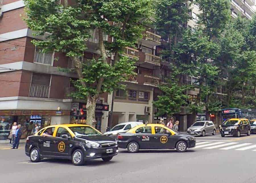Cabs in Buenos Aires