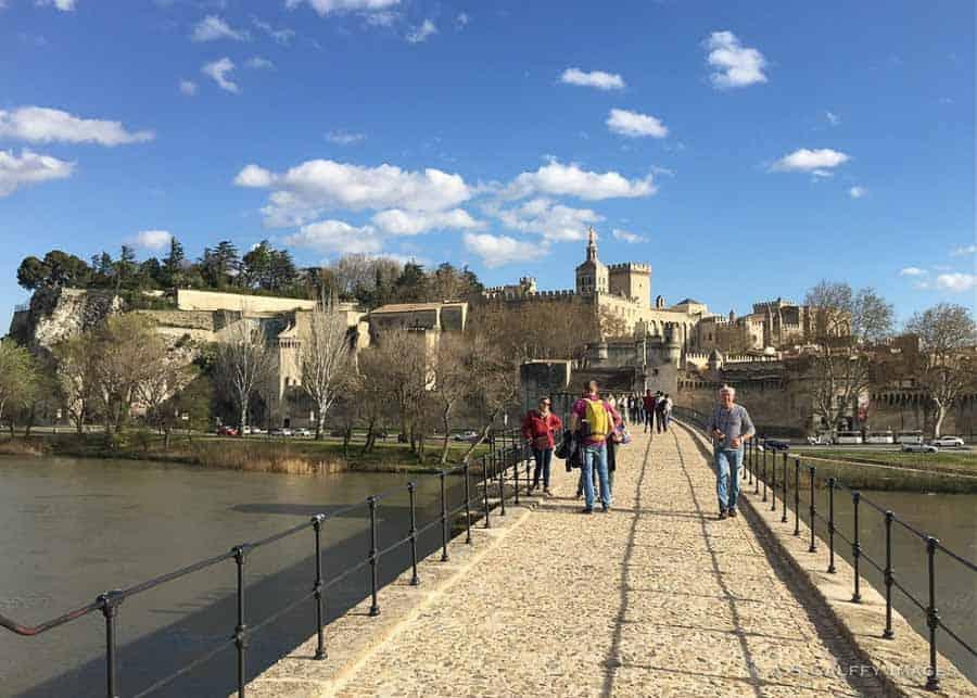 Walking on Pont d'Avignon