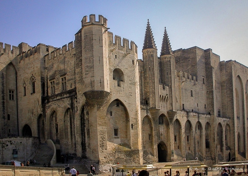 Avignon, a Papal City Without Popes