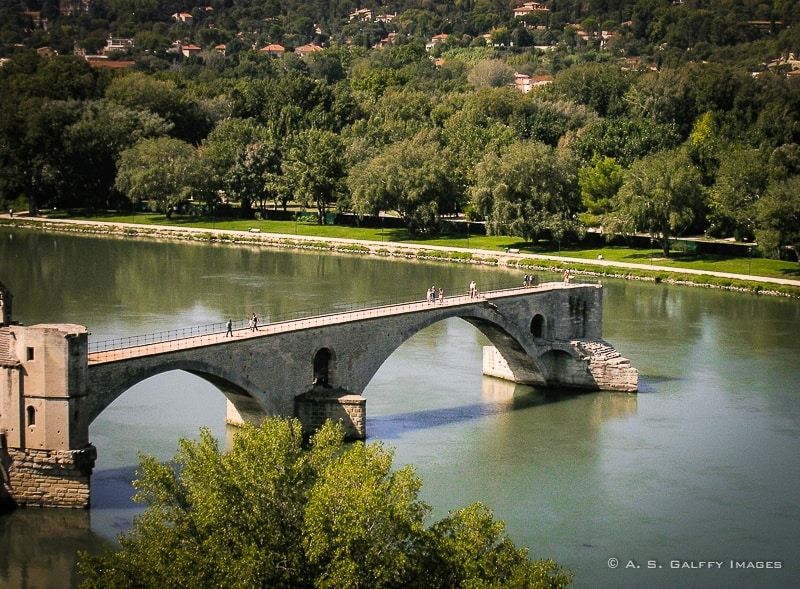 The Weekly Postcard: Pont d'Avignon