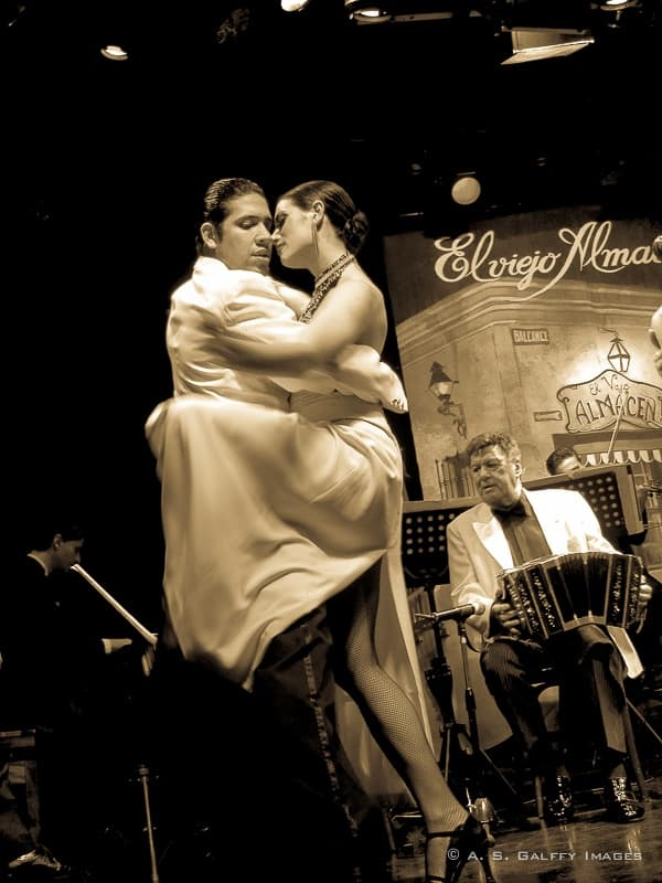 Tango, the culture of  Buenos Aires