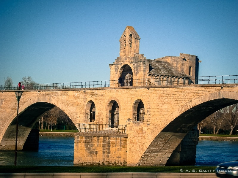 View of the Pont d'Avignon
