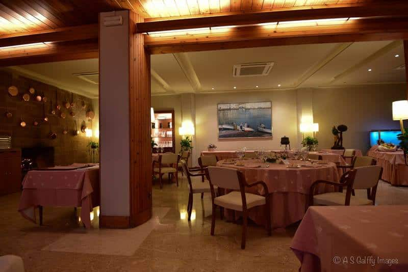Image of the dining room of Hotel Santa Marta