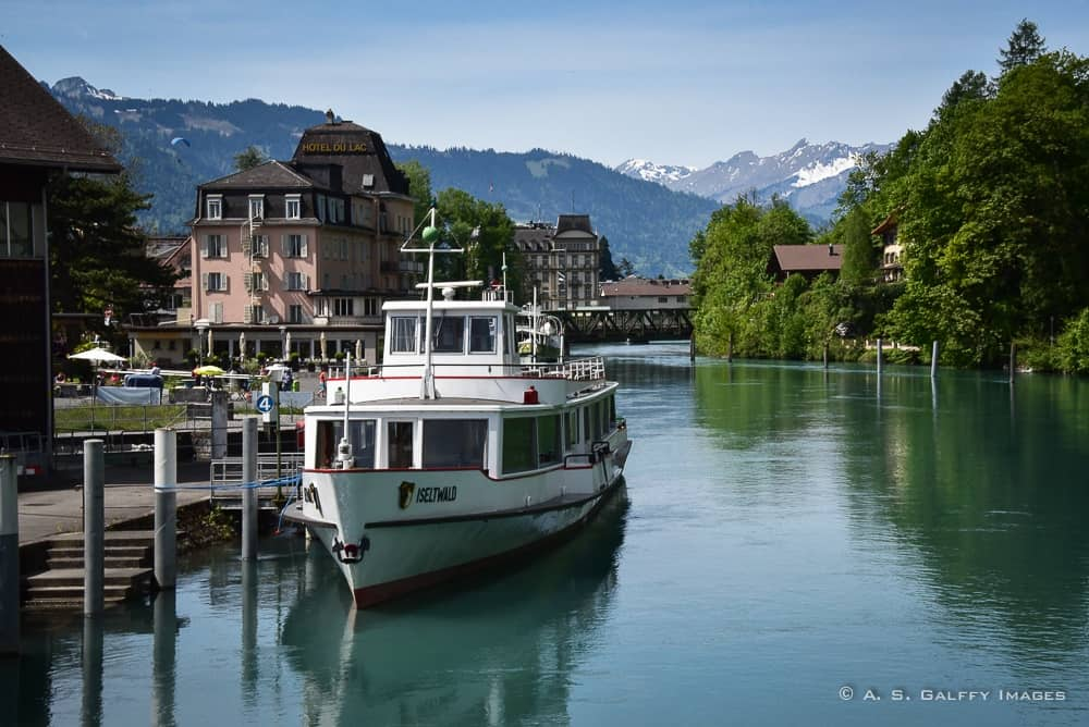 Cruise boat on Lake Brienz - things to do in Interlaken