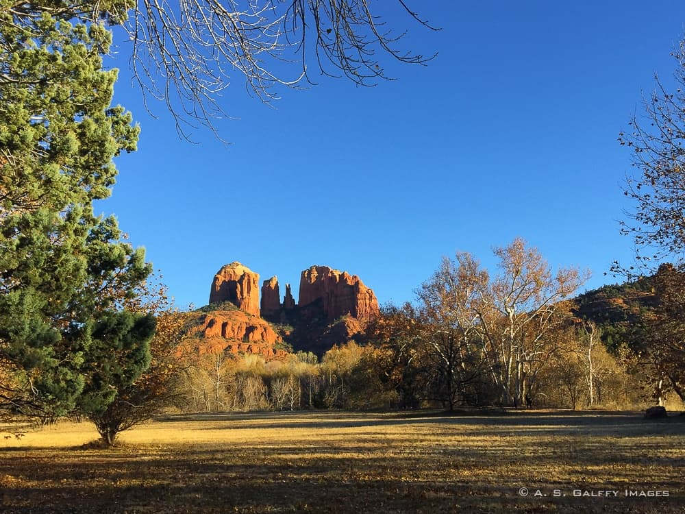 hiking to the Cathedral Rock in Sedona