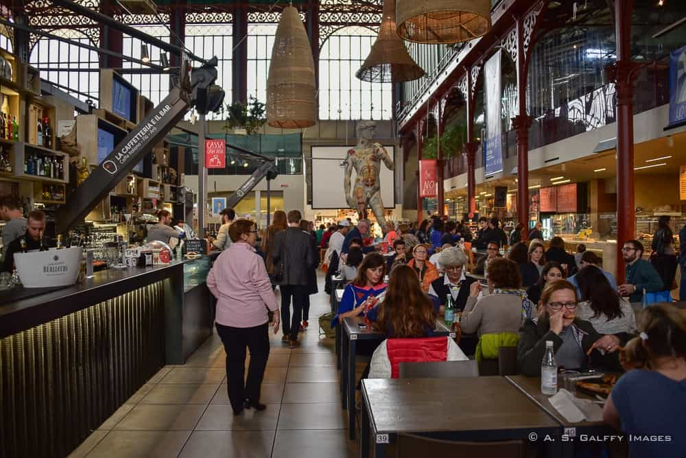 The Weekly Postcard: The Food Scene at Mercato Centrale in Florence
