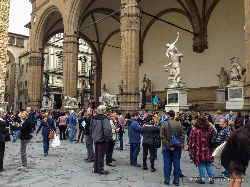 2 Days in Florence: visiting Loggia dei Lanzi