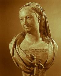Madame Pelouze bust statue