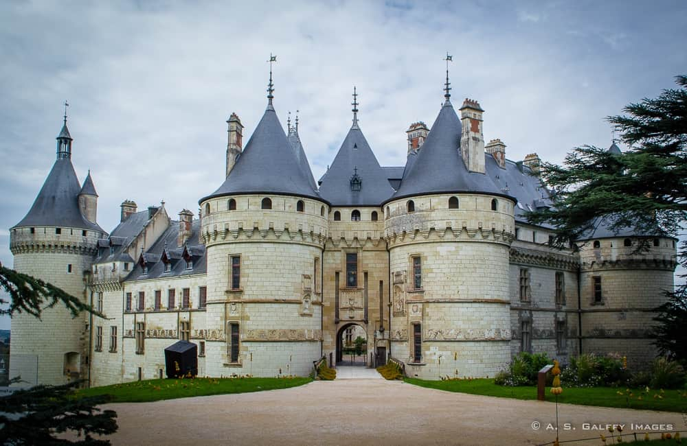 the weekly postcard ch teau de chaumont sur loire. Black Bedroom Furniture Sets. Home Design Ideas
