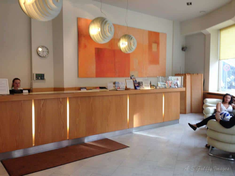 Rixwell Central Hotel reception