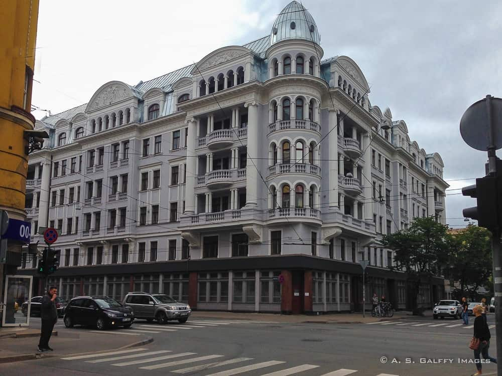 Dark Secrets of the Corner House – the Headquarters of the KGB in Riga