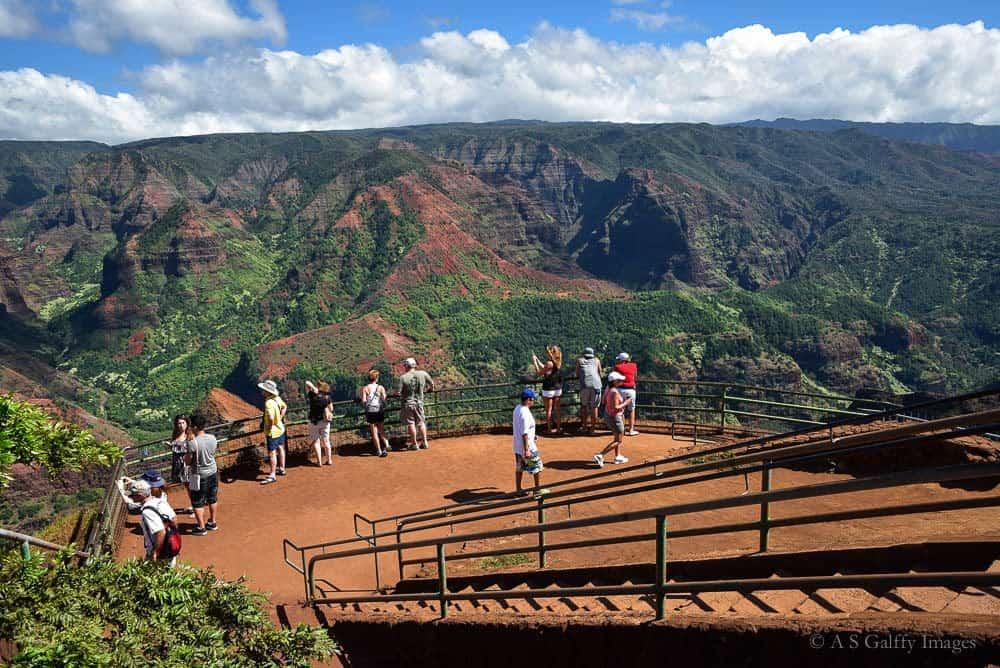 Kauai activities: hiking