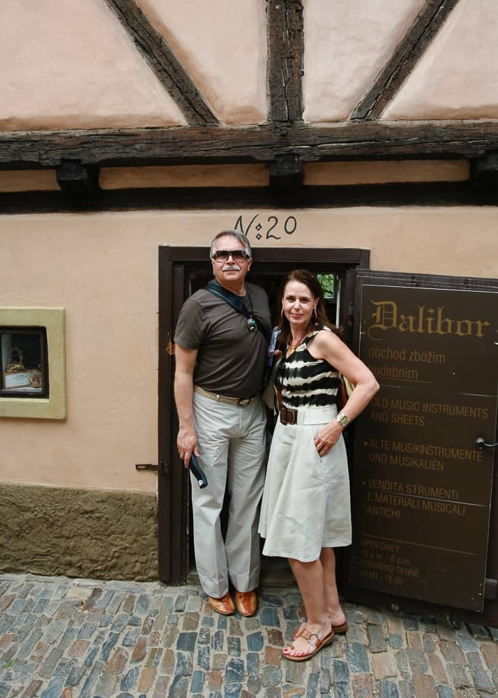caption of house No. 20 on Golden Lane in Prague