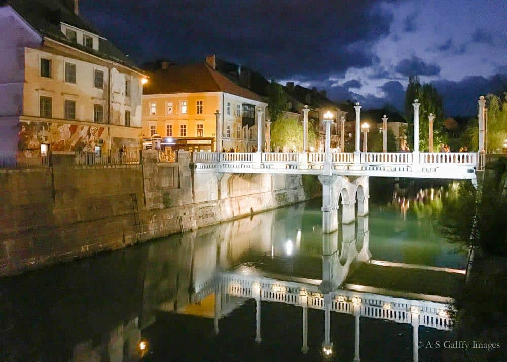 Sightseeing Ljubljana after dark