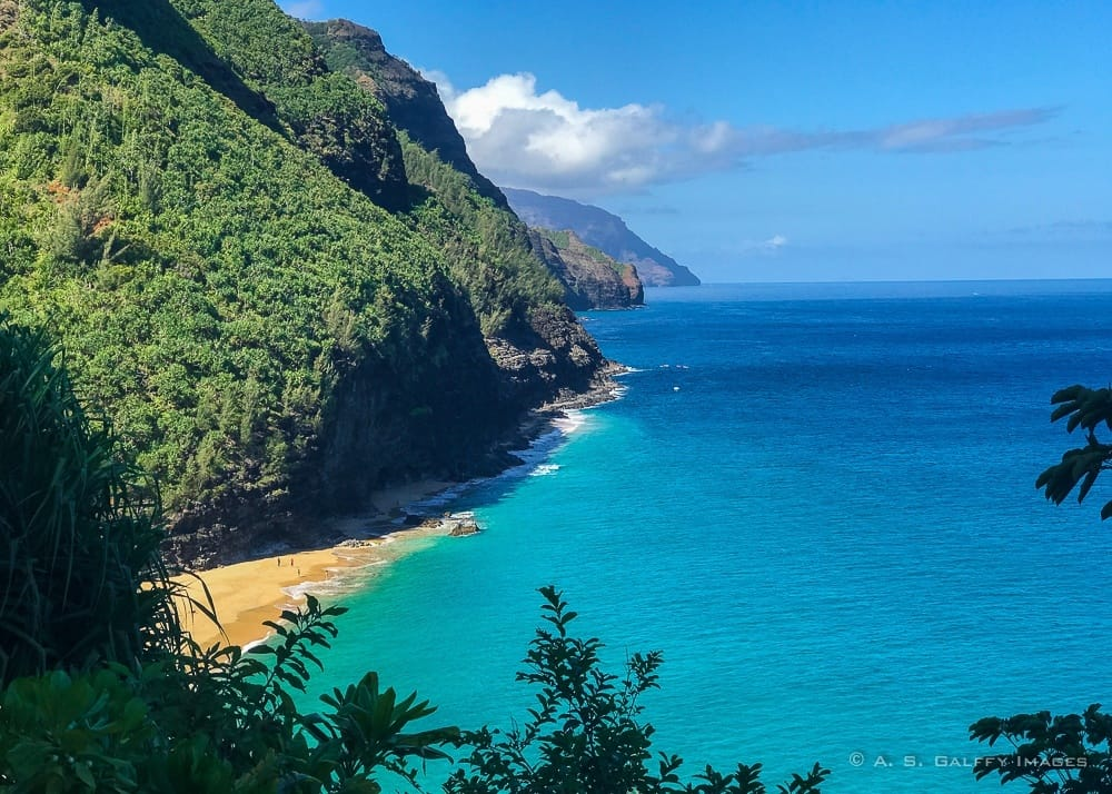 View of the Na Pali Coast in Kauai