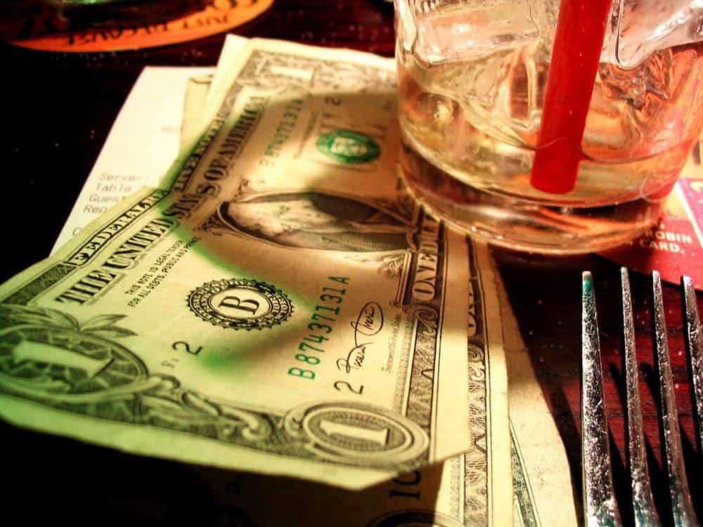tip money left on the restaurant table