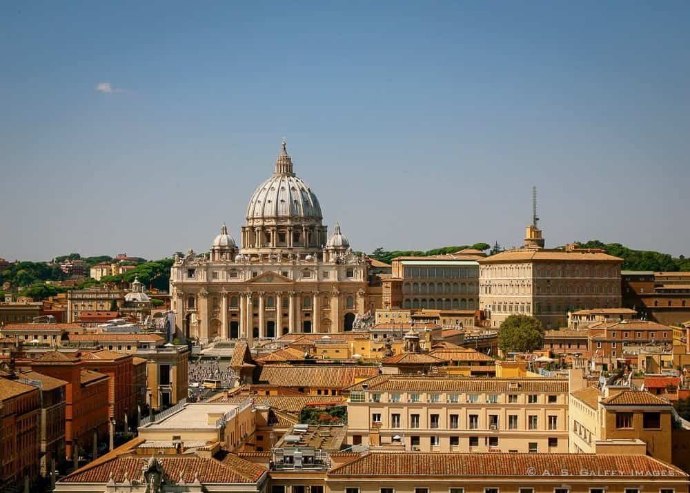 Best Area to Stay in Rome