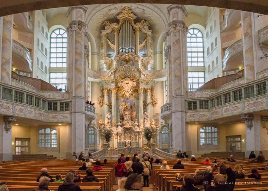 Visiting Frauenkirche in Dresden