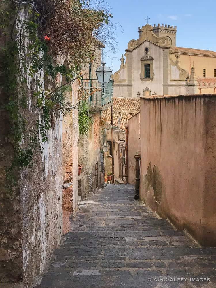 Narrow street in Sicily