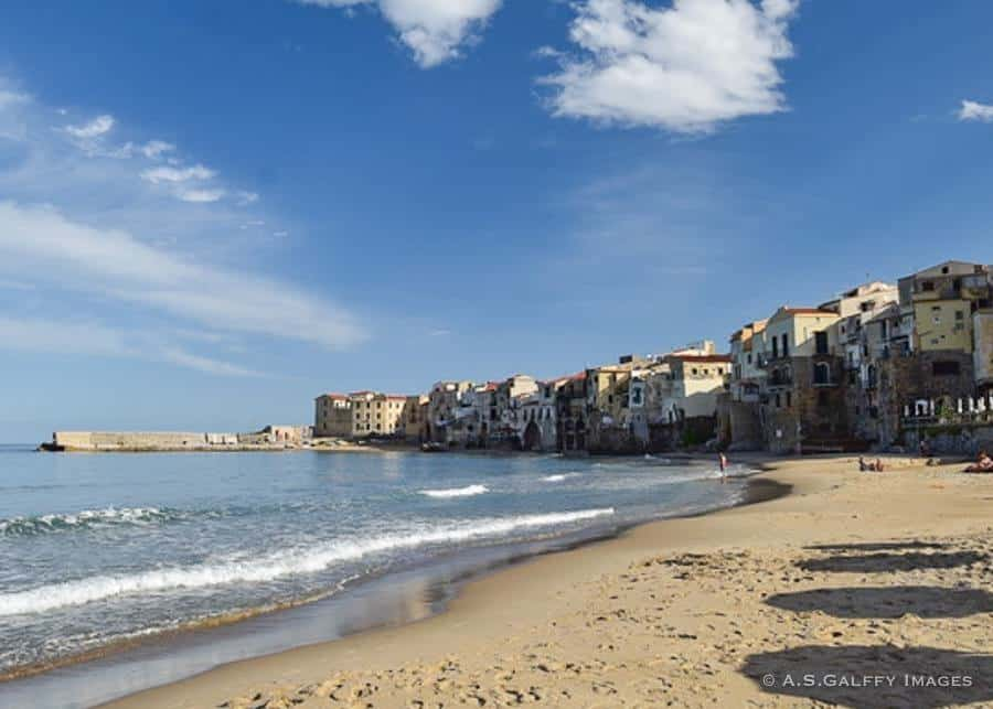Towns in Sicily: Cefalu