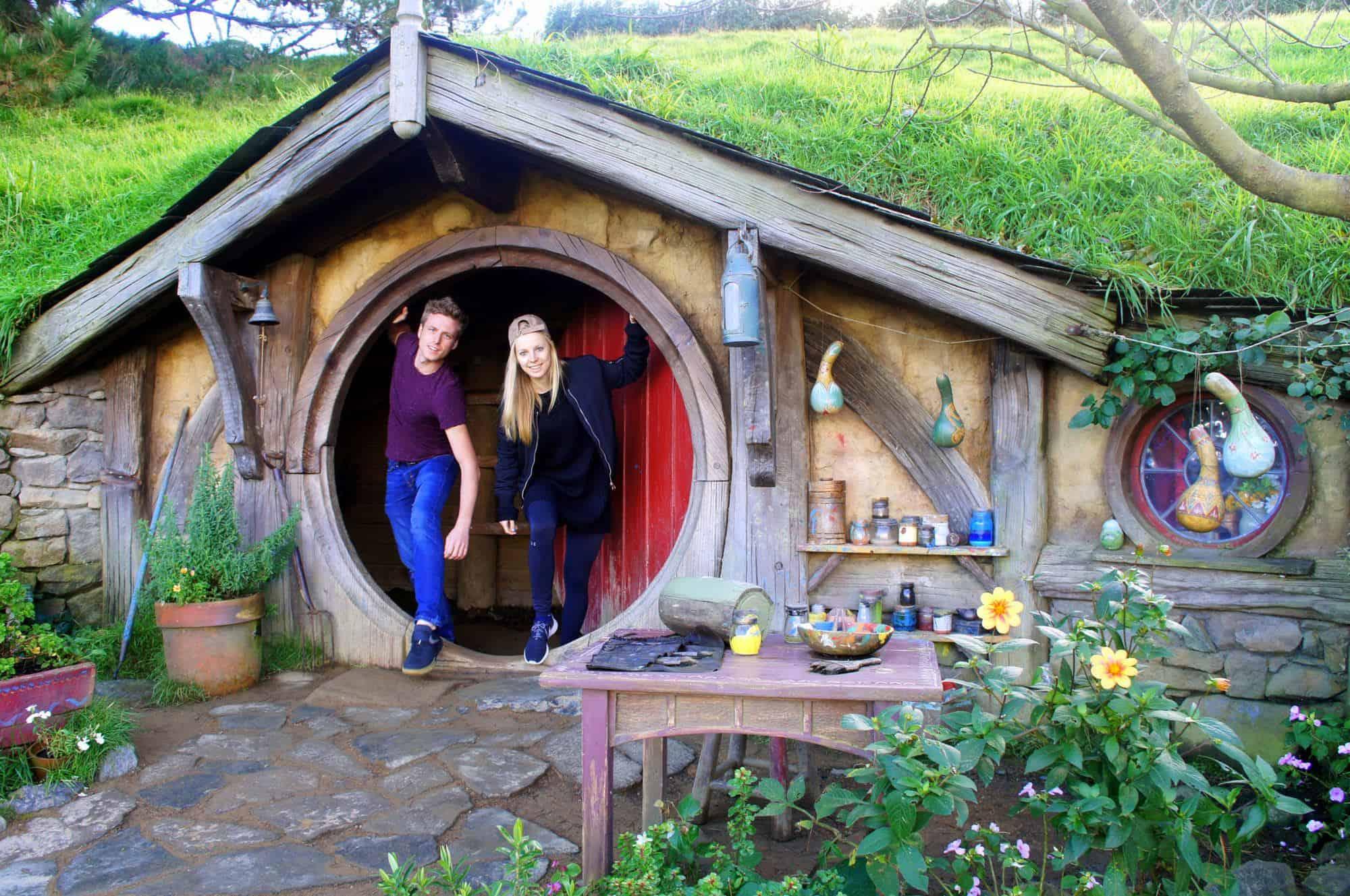Visiting-the-Hobbiton-New-Zealand