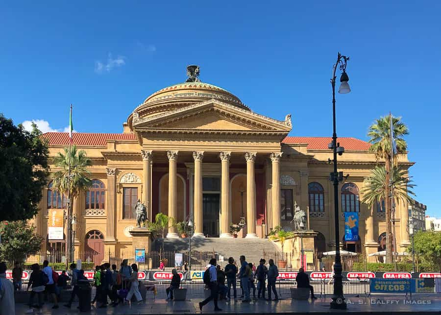 Things to do in Palermo: visit Teatro Massimo