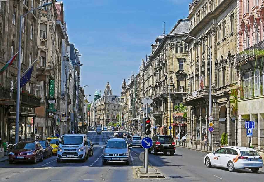 tips for parking in Budapest