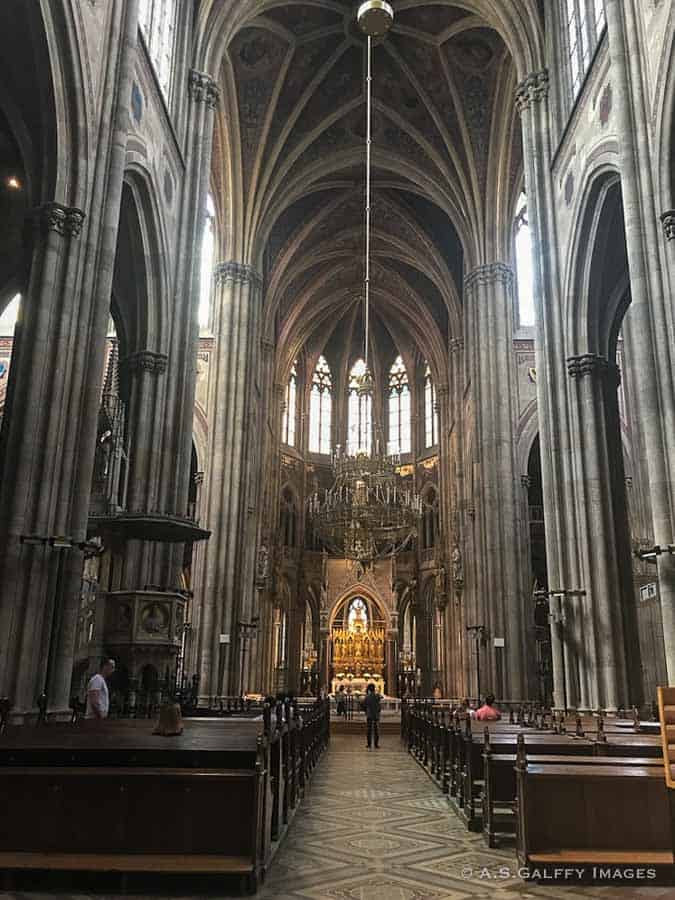 View of the Votive Church nave