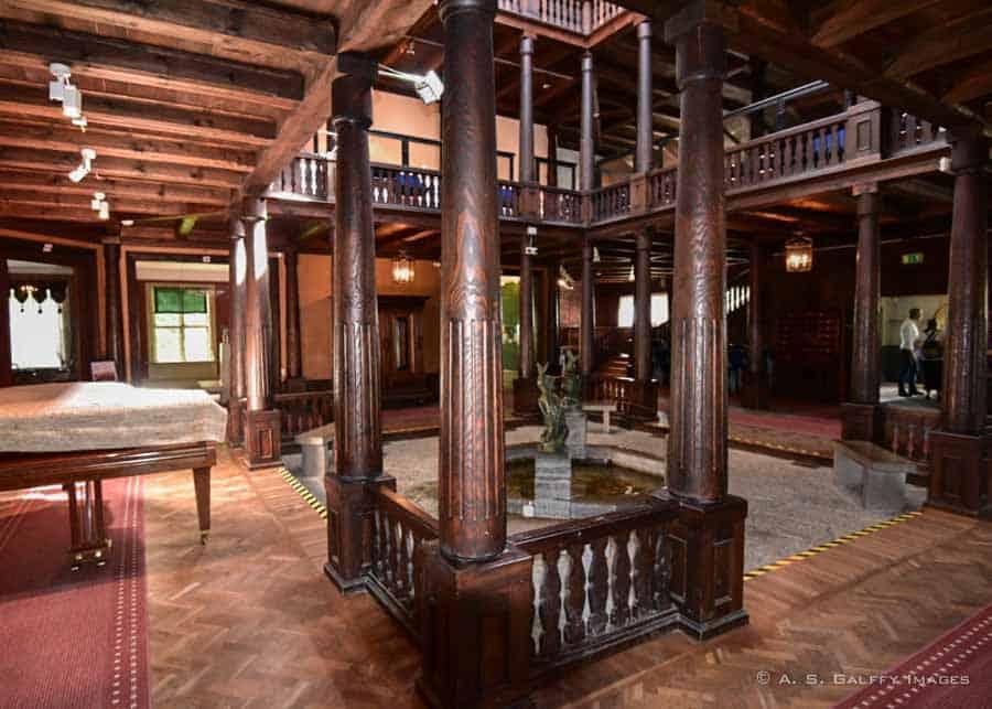 interior at Julita Manor