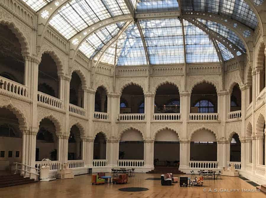 Inside the Museum of Applied Arts