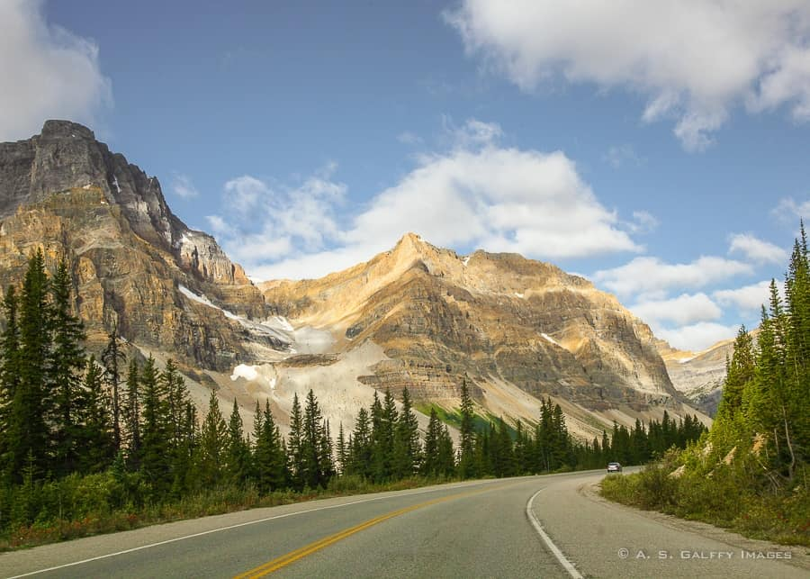 Banff travel guide - driving from the airport