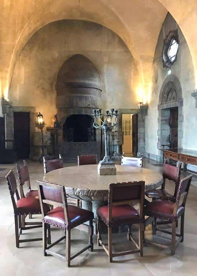 Dining room at Chateau de la Napoule
