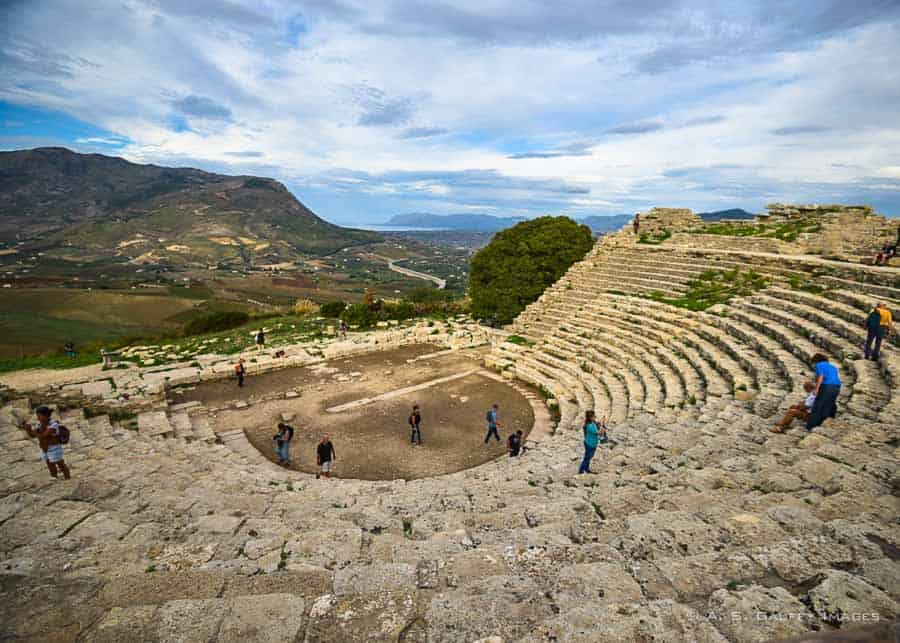 Things to do around Palermo: visiting Segesta