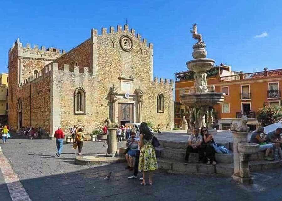 Cathedral di San Nicola, Taormina