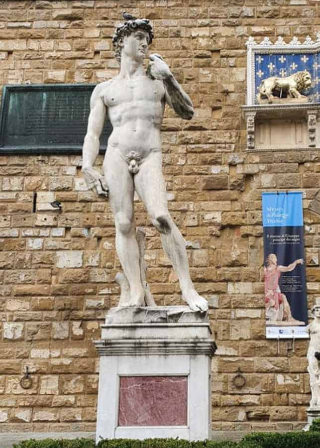 Florence itinerary: visiting the Statue of David