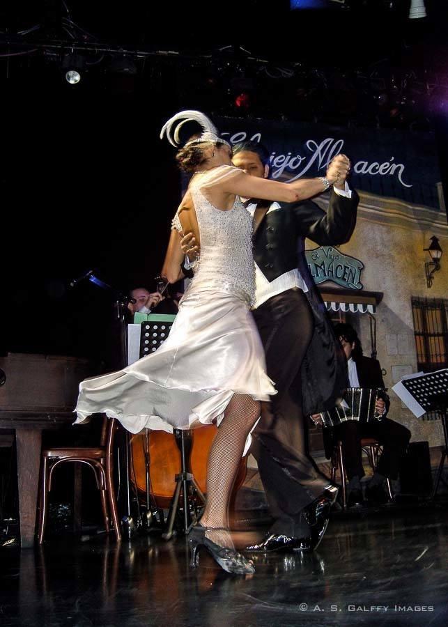 Tango show in San Telmo neighborhood