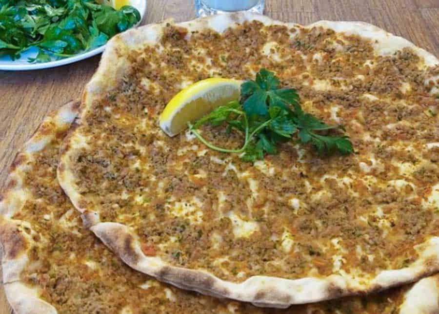 Lahmacun, Turkish food