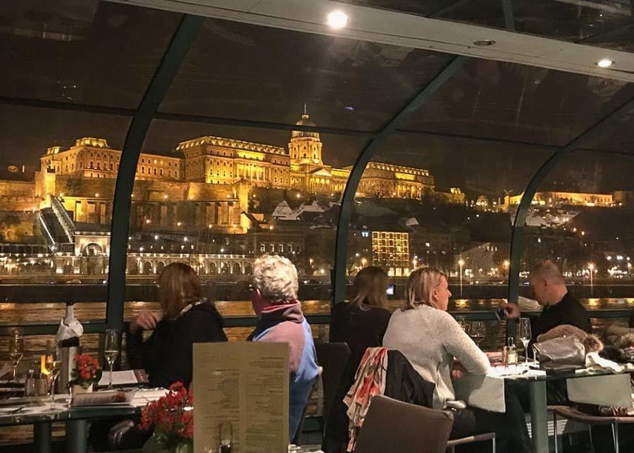 Dinner cruise on the Danube