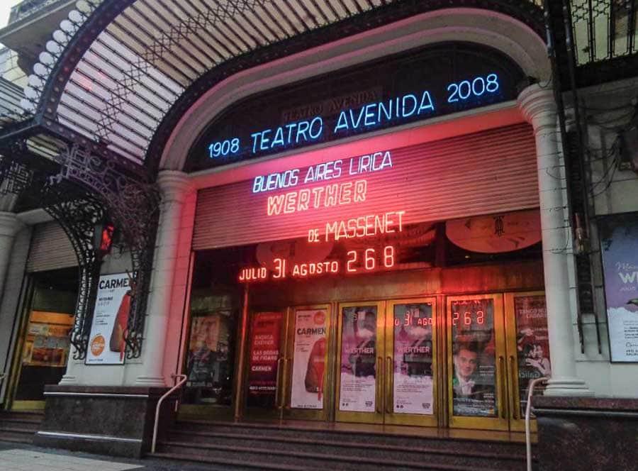 Culture of Buenos Aires: Teatro Avenida
